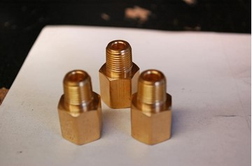 Picture of 3SX Gauge Adapter 1/8 NPT Female to 1/8 BSP Male
